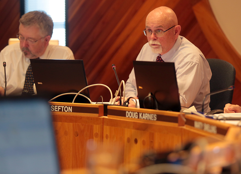 Board Chair Mark Sefton during a recent meeting of the Board of Trustees. (Brandon Sun-file)