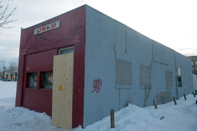 The former Fowles Barber shop is scheduled for demolition. (Bruce Bumstead- Brandon Sun)